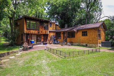 Madison Single Family Home For Sale: 622 Neelys Bend Rd
