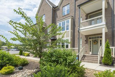 East Nashville Condo/Townhouse For Sale: 203 Porter Village Cir