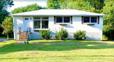 Nashville Single Family Home For Sale: 284 Penfield Dr