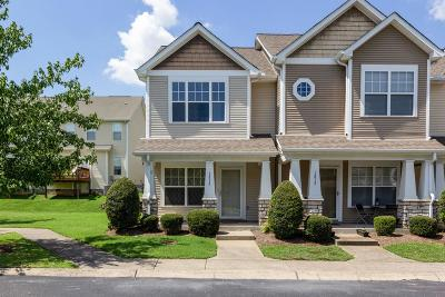 Nashville Condo/Townhouse Active Under Contract: 1813 Lincoya Bay Dr