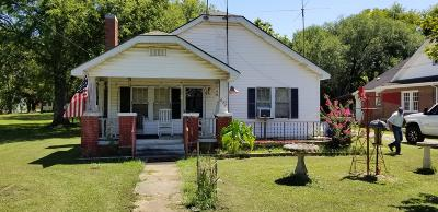 Shelbyville Single Family Home For Sale: 622 Deery St