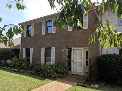 Nashville Condo/Townhouse For Sale: 4001 Anderson Rd Unit U140 #U140
