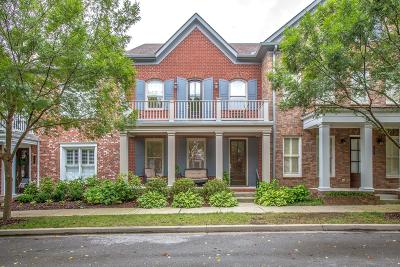 Franklin Condo/Townhouse Active Under Contract: 1015 Cumberland Park Dr