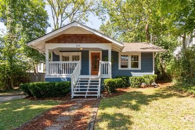 Nashville Single Family Home Active Under Contract: 207 36th Ave North