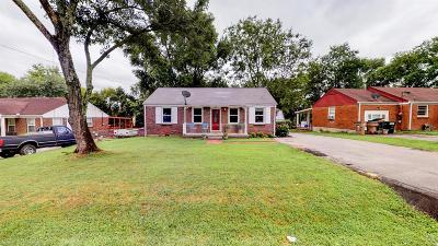 Nashville Single Family Home For Sale: 3127 Cloverwood Dr