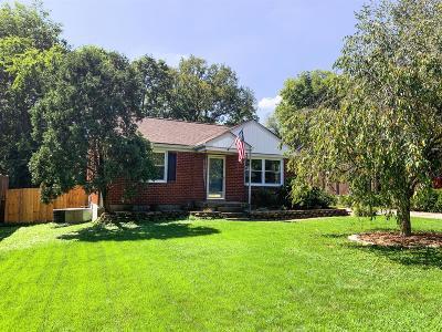 Nashville Single Family Home For Sale: 2921 Lakeland Dr