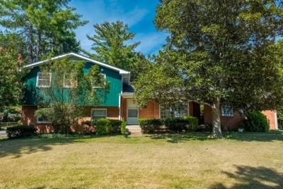 Nashville Single Family Home For Sale: 7432 Highway 70 S
