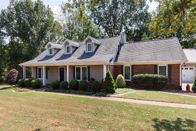 Old Hickory Single Family Home For Sale: 5504 W Shady Trl