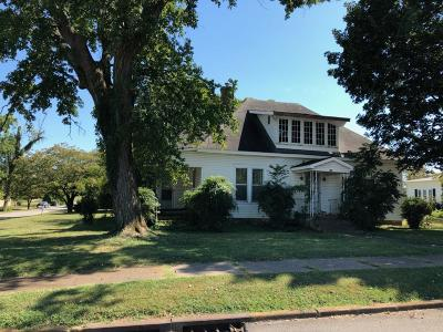 Franklin County Single Family Home For Sale: 301 West Main St