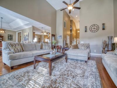 Antioch Single Family Home For Sale: 709 Evening Ave
