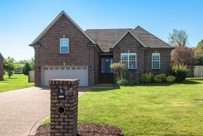 Greenbrier TN Single Family Home For Sale: $309,900