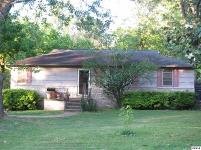 Knoxville Single Family Home For Sale: 5710 Cilla Road