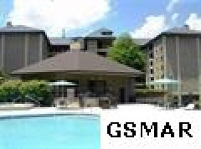 Gatlinburg Condo/Townhouse For Sale: 1704 Hidden Hills Rd.