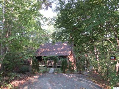 Pigeon Forge Single Family Home For Sale: 708 Country Oaks