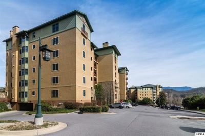 Pigeon Forge TN Condo/Townhouse Pending-Cont. To Show: $329,900
