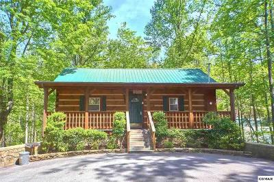 Gatlinburg TN Single Family Home Pending-Cont. To Show: $249,900
