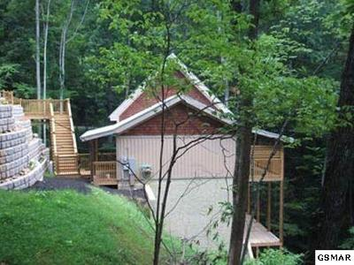 Gatlinburg TN Single Family Home For Sale: $209,900
