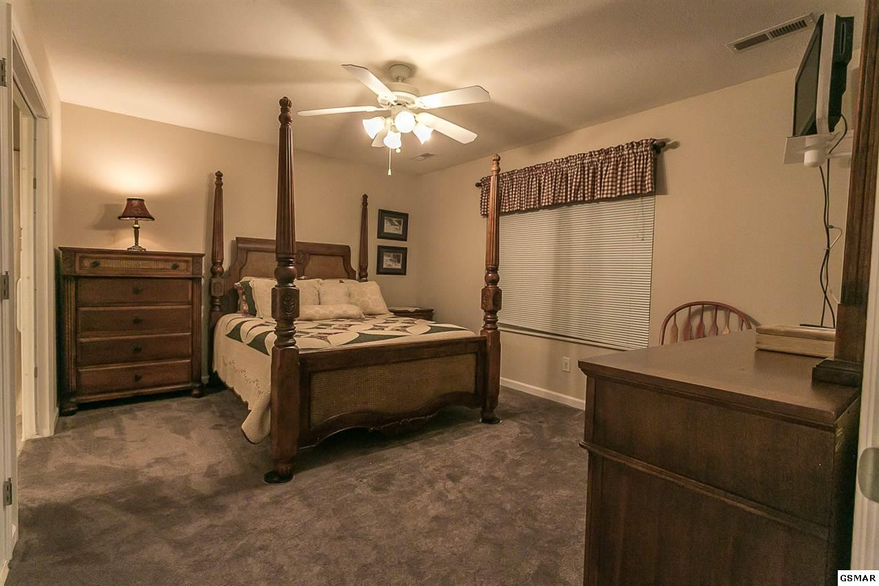 sale discount for hot pool tn with tub indoor tennessee military cabin cabins under pigeon forge vacation rentals cheap