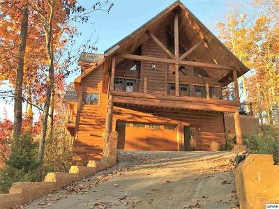 Gatlinburg TN Single Family Home For Sale: $734,000
