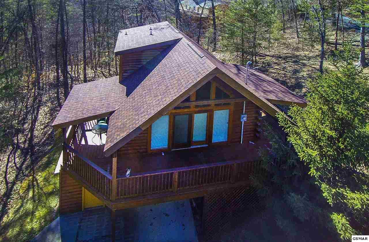 cabins in pool tn tennessee forge pigeon indoor deals log luxury sale with for