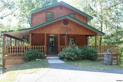 Sevierville Single Family Home For Sale: 2140 Ridgecrest Loop Lane