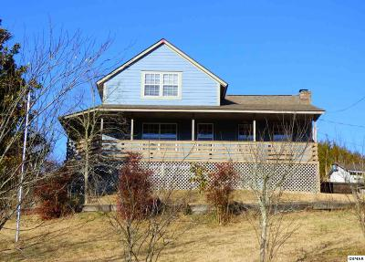 Dandridge Single Family Home For Sale: 2501 Valley View Rd.