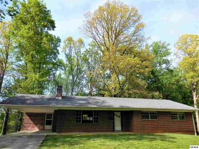 Hamblen County Single Family Home For Sale: 1220 Wooddale Rd.