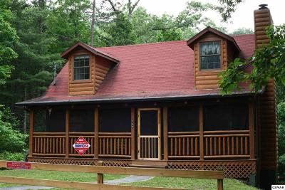 Pigeon Forge Single Family Home For Sale: 734 Country Oaks Drive
