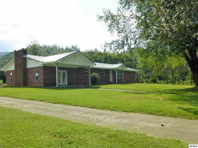 Single Family Home For Sale: 5516 Henry Town Rd.