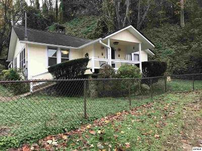 Gatlinburg TN Single Family Home For Sale: $187,900