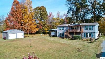 Newport Single Family Home For Sale: 1483 River Chase Trl