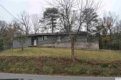 Sevierville TN Single Family Home For Sale: $129,000