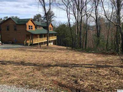 Single Family Home For Sale: 2948 Covemont Rd