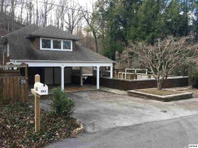 Gatlinburg Single Family Home For Sale: 616 Chewase Dr