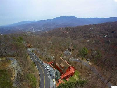 Gatlinburg TN Single Family Home For Sale: $585,000