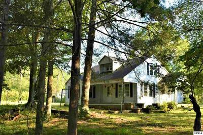 Cocke County Single Family Home For Sale: 1109 Blue Mill Rd.