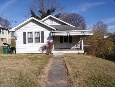 Bristol Single Family Home For Sale: 729 Prince