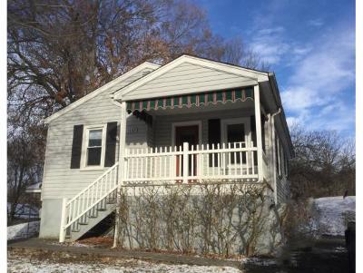 Bristol Single Family Home For Sale: 1509 Park Dr.