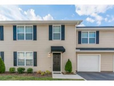 Piney Flats Condo/Townhouse For Sale: 396 Jonesboro #36
