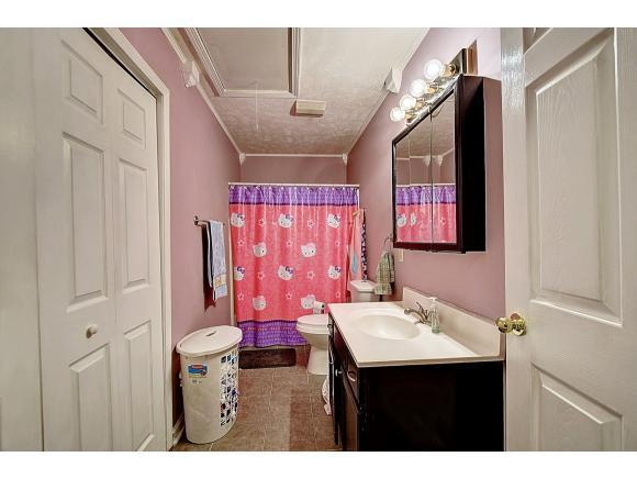 Listing: 125 Sunview Lane, Elizabethton, TN.| MLS# 402036 | Realty ...