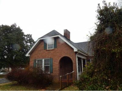 Bristol Single Family Home For Sale: 712 Haynes Street