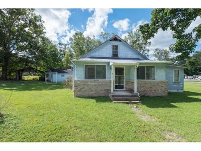 Church Hill Single Family Home For Sale: 704 Goshen Valley