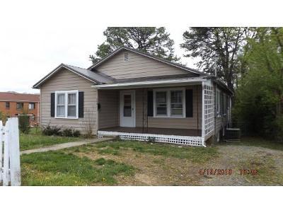 Johnson City Single Family Home For Sale: 708 Pardee Street