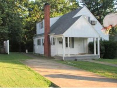 Greeneville Multi Family Home For Sale: 708 Oak Grove Ave