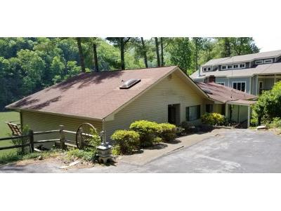 Butler Single Family Home For Sale: 2012 Sink Valley Road
