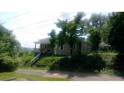 Bristol VA Single Family Home For Sale: $89,900