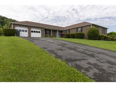 Abingdon Single Family Home For Sale: 270 Bogey Drive