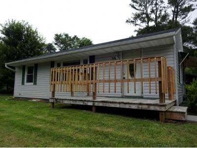 Bristol Single Family Home For Sale: 316 Cedar Valley Rd