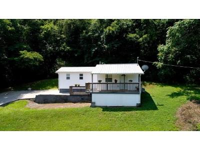 Single Family Home For Sale: 727 Lower Quarry Rd