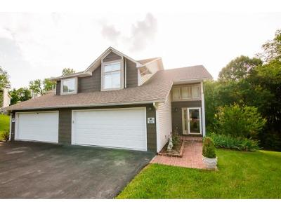 Bristol Single Family Home For Sale: 109 Timberbrook Drive
